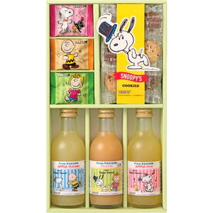 SNOOPY Juice and cookies (3 bottles)