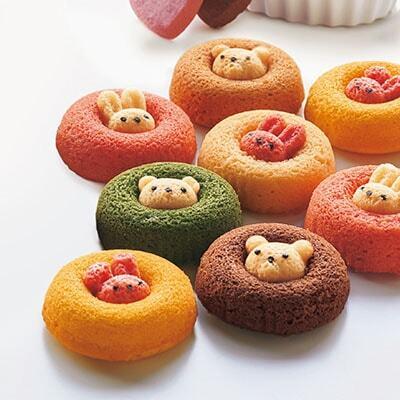 可愛いすぎて食べづらい!?うさクマ焼きドーナツ
